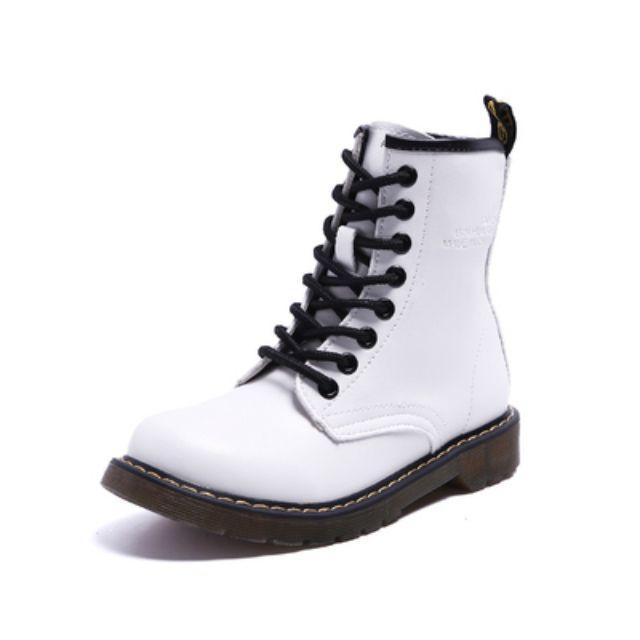 Boots cao cổ in chữ chìm siêu hot 🔥🔥🔥