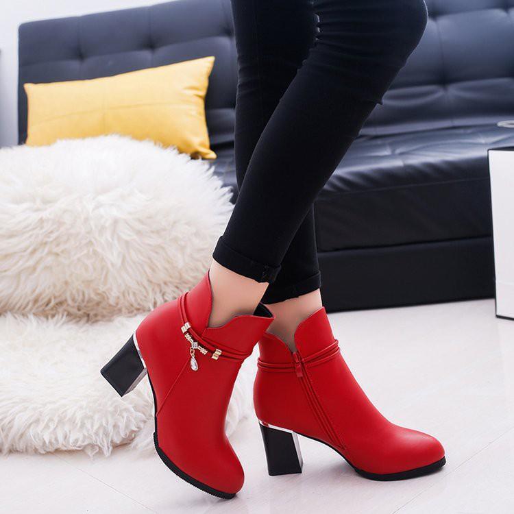 【จัดส่งฟรี】ตฟอร์มกันน้ำรองเท้ามาร์ตินด้านซิป rhinestone รองเท้าสั้นรองเท้าผู้หญิง
