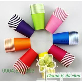 Set 8 cốc giấy 8 màu cho trẻ chơi trong các hoạt động nhận biết màu sắc