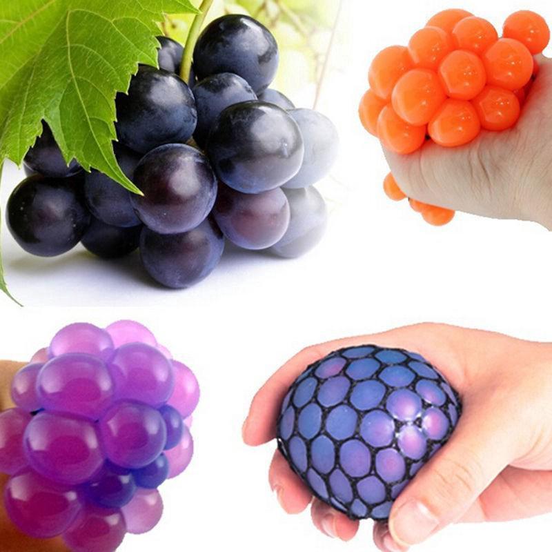 Đồ chơi bóp tay giúp giảm căng thẳng hình quả nho và trái cây