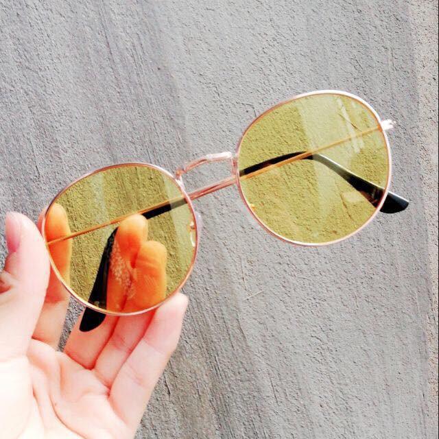 kính nobita mắt vàng
