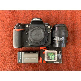 Máy ảnh Nikon D300 kèm ống Nikon 35-80Df4-5.6 mới 95%