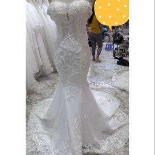 Váy cưới đuôi cá mặc 1 lần