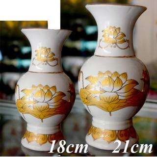 Bình hoa thờ cúng sứ trắng sen vàng - hình 4