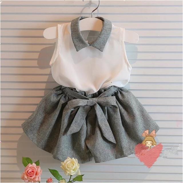 Bộ quần áo cho bé gái