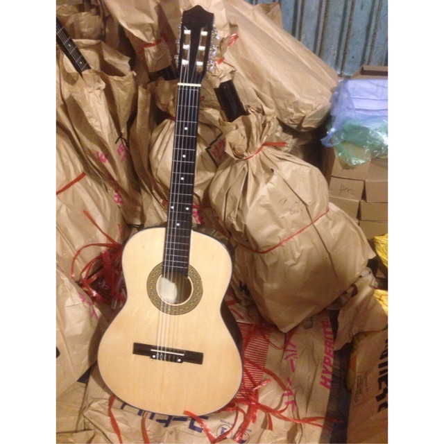 Guitar Classic dây nilon S55 mặt gỗ thôngq