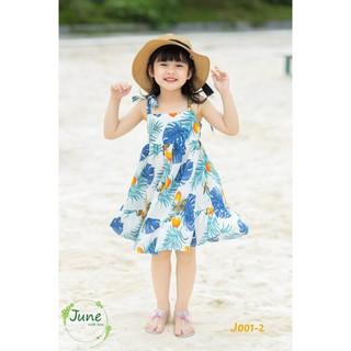 Đầm bé gái, item cho mùa hè đi biển