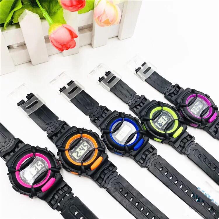 [Mã WTCHNOV20 giảm 20K đơn 99K] ( Giá Sỉ ) Đồng hồ điện tử thời trang trẻ em ULTIMATE SPORT Sr4499