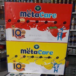 Thùng sữa nước Nutricare Metacare ECO Vị CHUỐI Vi DAU (110ml x 48 hộp) - ăn ngon cao khoẻ tinh anh cho trẻ
