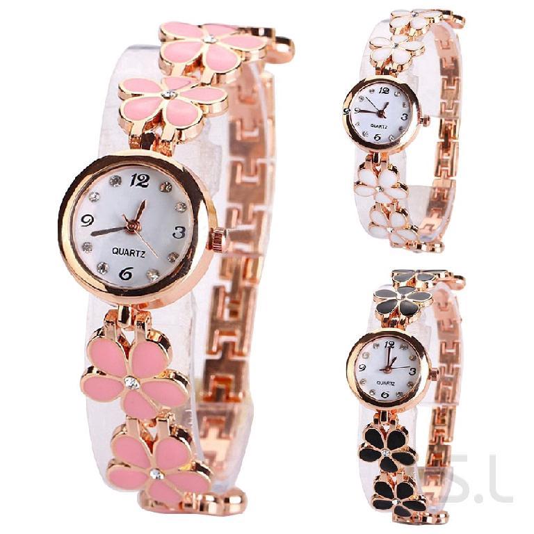นาฬิกาข้อมือแฟชั่นผู้หญิงด้วยการออกแบบโคลเวอร์สี่ใบไม้ 960