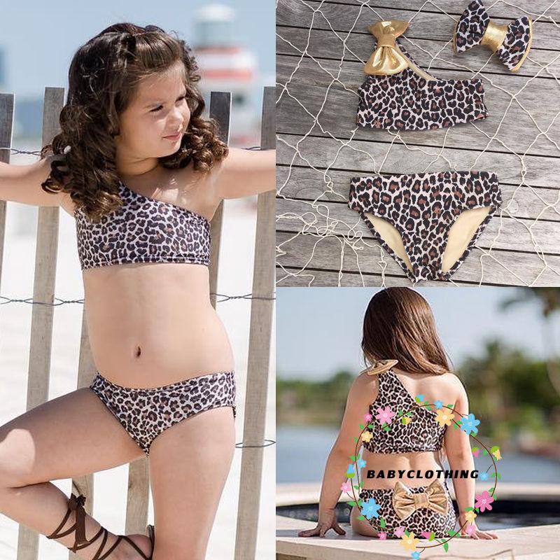 Bộ bikini lệch vai họa tiết da báo xinh xắn cho bé gái