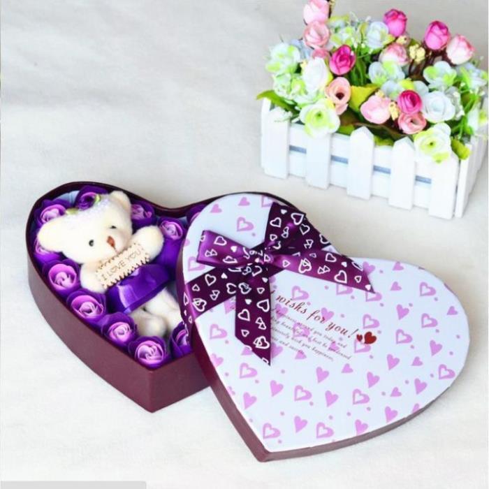 Quà tặng bạn gái 8/3 - Hộp Hoa Hồng Sáp Thơm Trái Tim 20 Bông + gấu bông + tặng kèm 1 thỏi Son và Thiệp