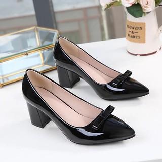 Giày cao gót big size bít mũi đính nơ gót vuông 5p MS 502