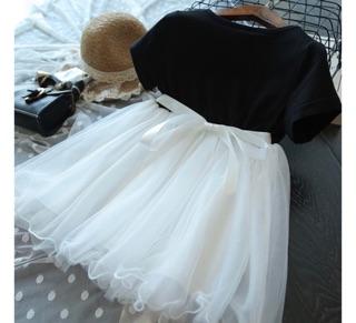 váy công chúa bé gái hình thiên nga đen