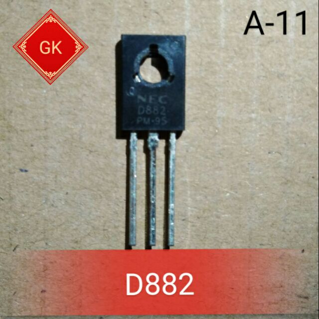 D882 - transistor bán dẫn.