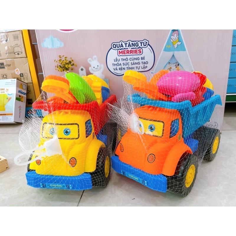 Ôtô đồ chơi xúc cát xe ben – xe lu – xe máy xúc cho bé đi biển