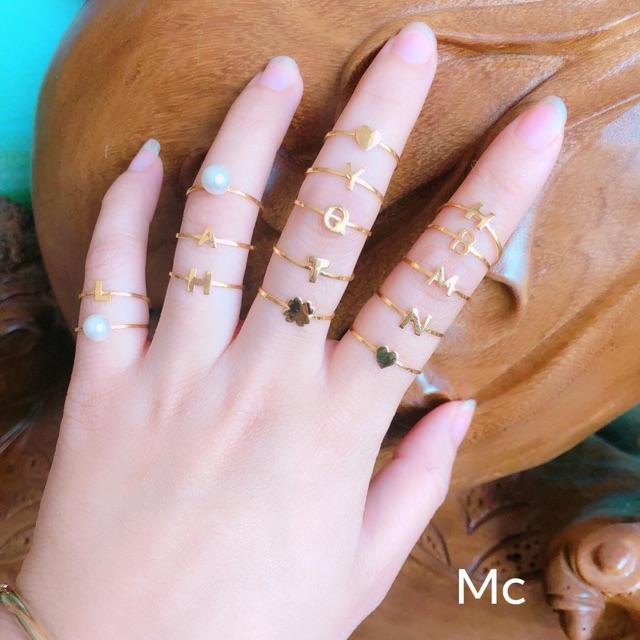 Nhẫn tên vàng tây nhỏ nhắn xinh sắn.