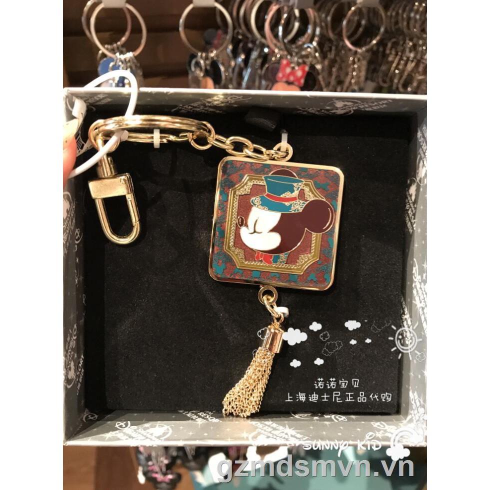 ✴❁△Special offer Shanghai Disney Grand Retro Series Mickey Minnie Keychain Keyring Pendant