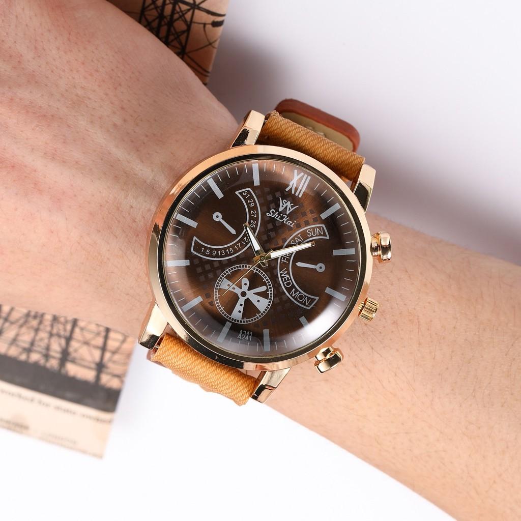 Aikefan Luxury Men Watch Business Large Dial Watch Fashion Quartz Silica Gel Belt Watch
