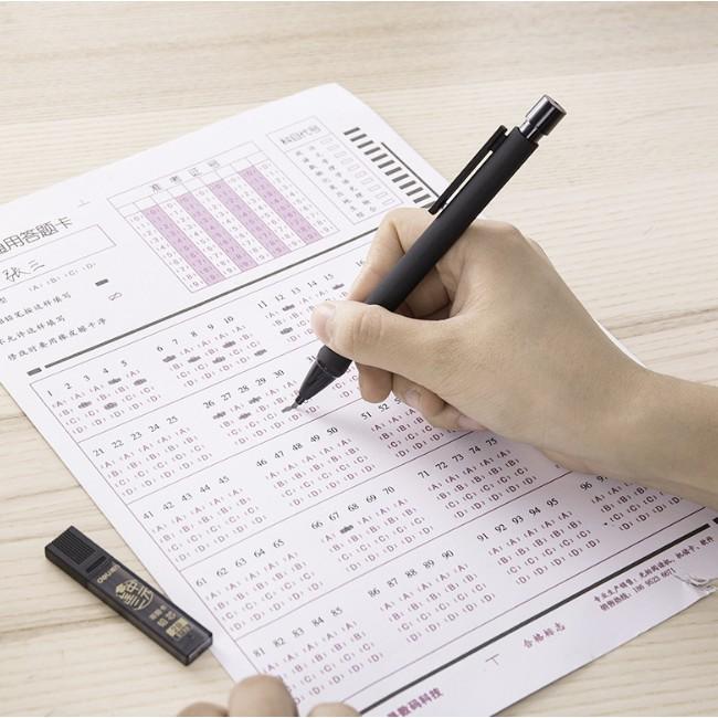 Bút chì bấm DELI 2B S356 kèm ngòi (12 x 66 mm) chuyên tô bài thi, tiện dụng