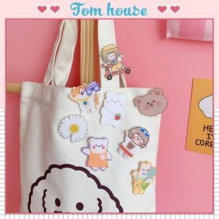 Huy hiệu ghim cài áo nhựa cô gái Nhật Bản Tom House