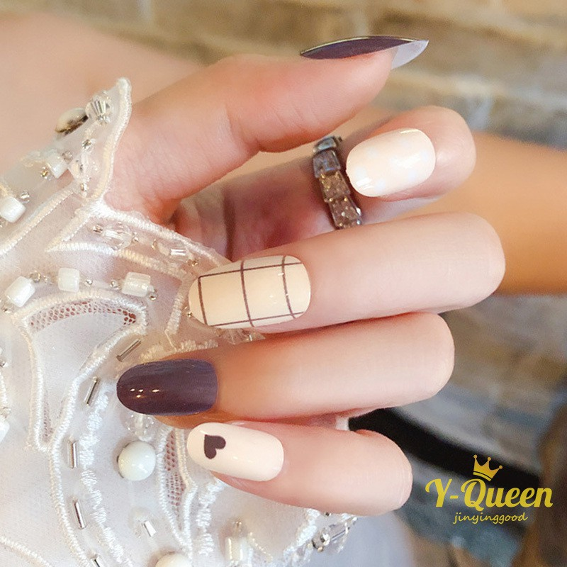 New Fashion Full Cover Long Round Head Fake Nail Gray White Jump Color Lattice Nail Women Wearable