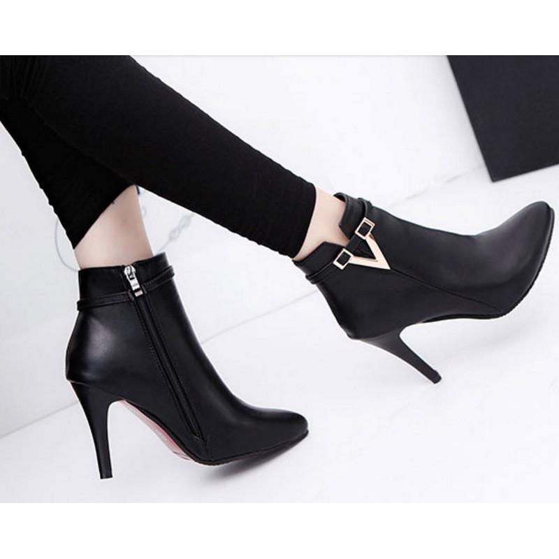 Giày bốt nữ cao gót 9 phân GN267