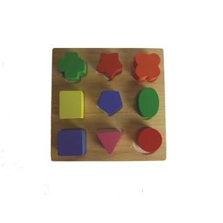 Học hình khối Montessori
