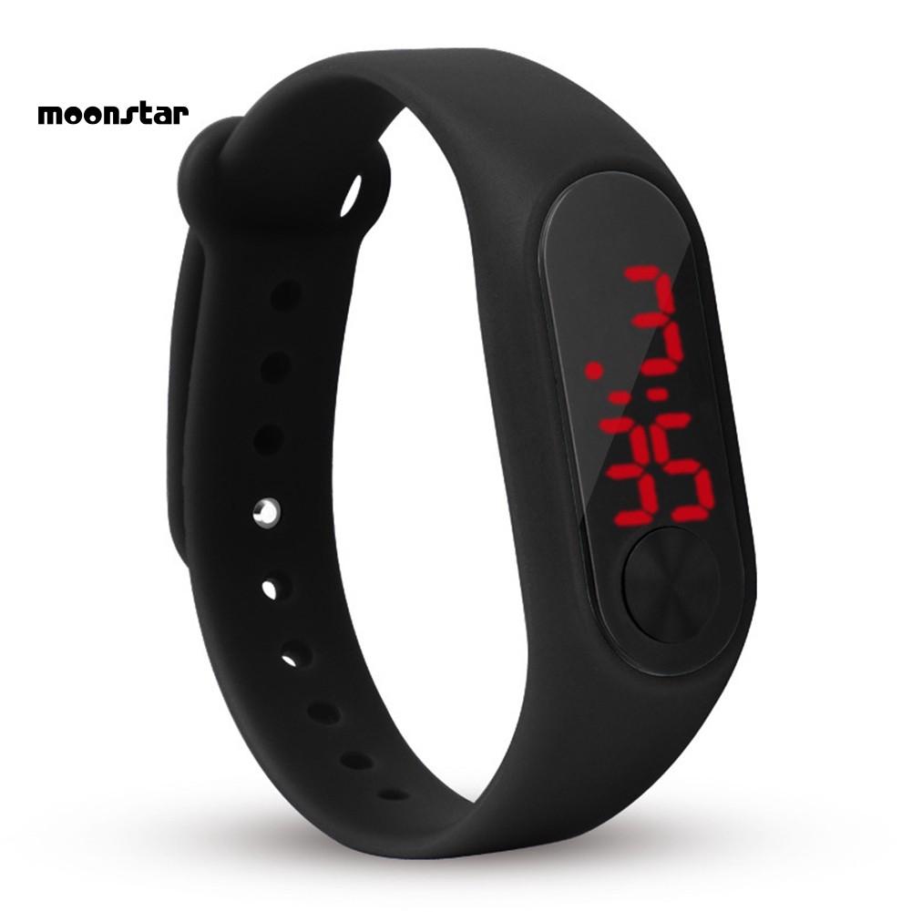 Đồng hồ điện tử kiểu dáng thể thao cho nam