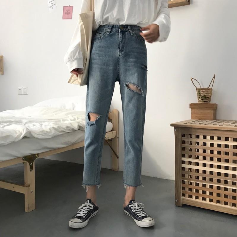 Quần ulzzang quần baggy jean nữ đẹp ống suông đen xanh quần jeans rách lửng ống rộng cạp lưng cao - 14179459 , 2201265940 , 322_2201265940 , 235000 , Quan-ulzzang-quan-baggy-jean-nu-dep-ong-suong-den-xanh-quan-jeans-rach-lung-ong-rong-cap-lung-cao-322_2201265940 , shopee.vn , Quần ulzzang quần baggy jean nữ đẹp ống suông đen xanh quần jeans rách lử