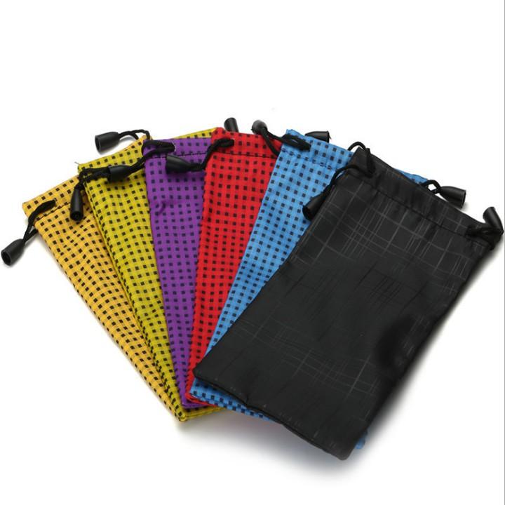 Túi Bao Đựng Kính Cube Tiện Lợi Dây Rút Chống Thấm Nước Ngẫu Nhiên Màu