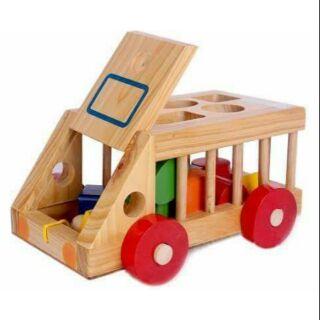 Xe gỗ thả hình khối