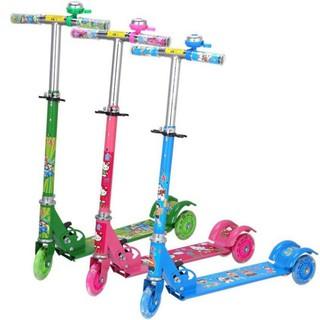 Xe trượt scooter, Xe scoter 3 Bánh Phát Sáng Thích hợp cho các bé từ 2 tuổi trở lên xe cân bằng, an toàn cho bé yêu thumbnail