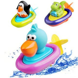 Đồ chơi bồn tắm hình chim cánh cụt cho bé