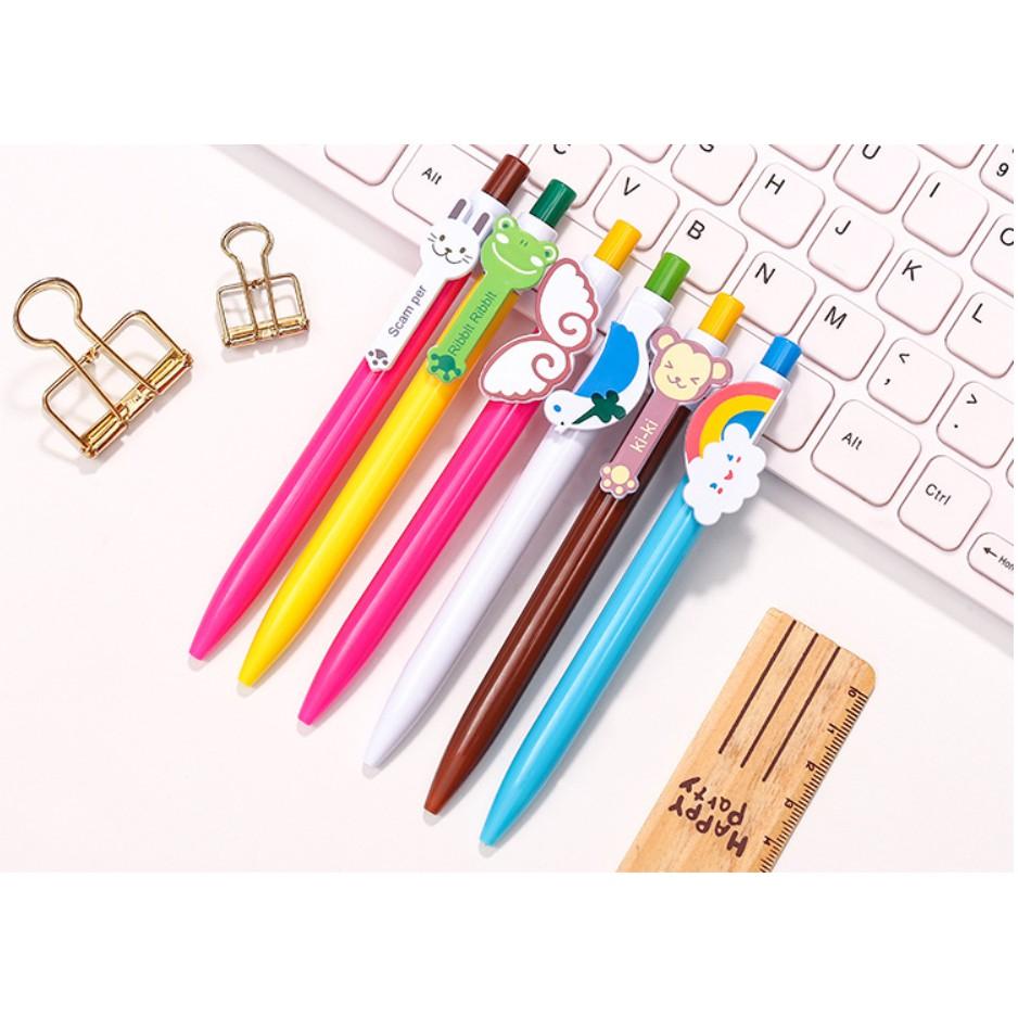 Bút bi nhiều màu