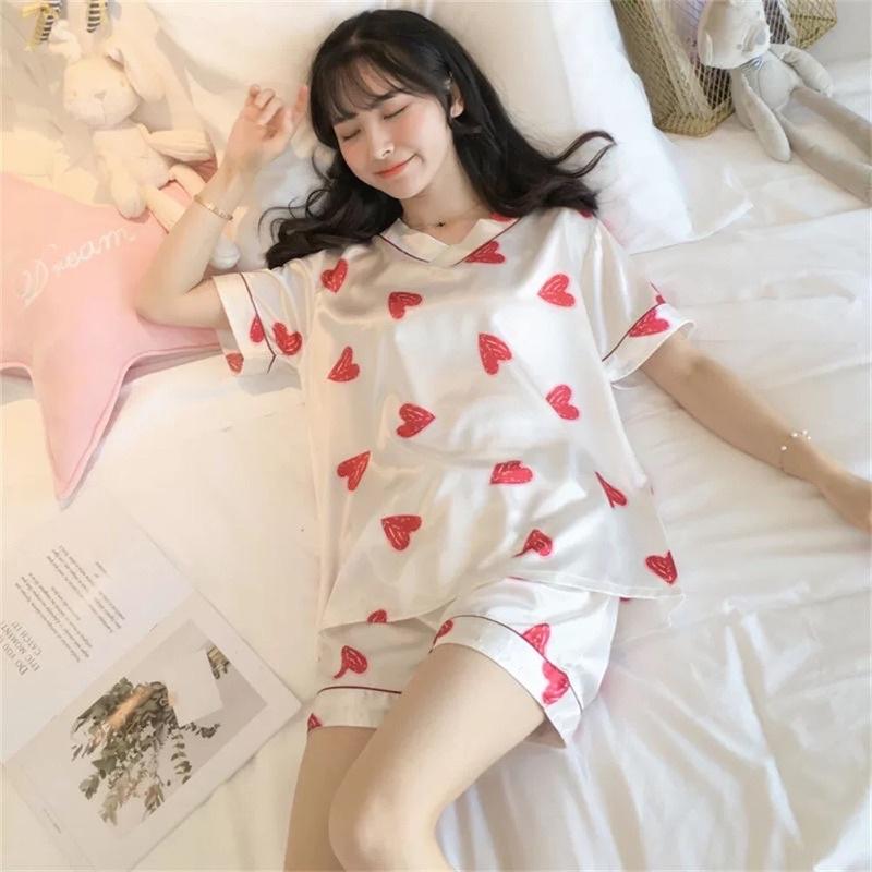 Mặc gì đẹp: Mát mẻ với 2️⃣ ☘️ [QUÀ TẶNG] [Hình thật] [Bigsize 3XL-5XL] [RẺ VÔ ĐỊCH] Đồ ngủ/mặc nhà/pyjama lụa đùi cổ tim.