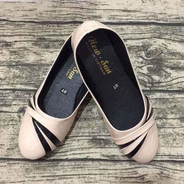 Giày búp bê kem bóng