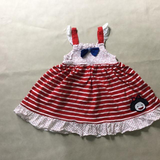 Đầm cho bé.