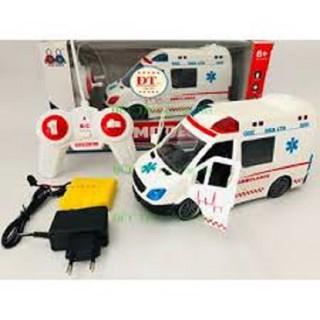 trò chơi xe cấp cứu điều khiển từ xa có nhạc và đèn dùng sạc cao cấp cửa đóng mở cho bé