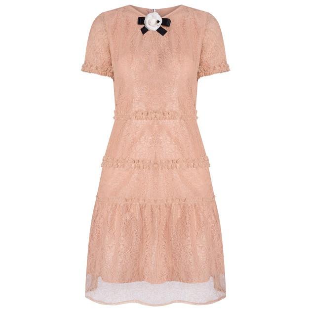Váy ren xòe xếp tầng bèo nhun màu be