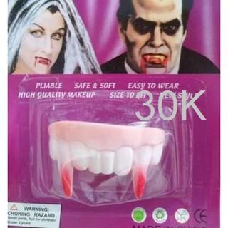 Răng ma cà rồng halloween