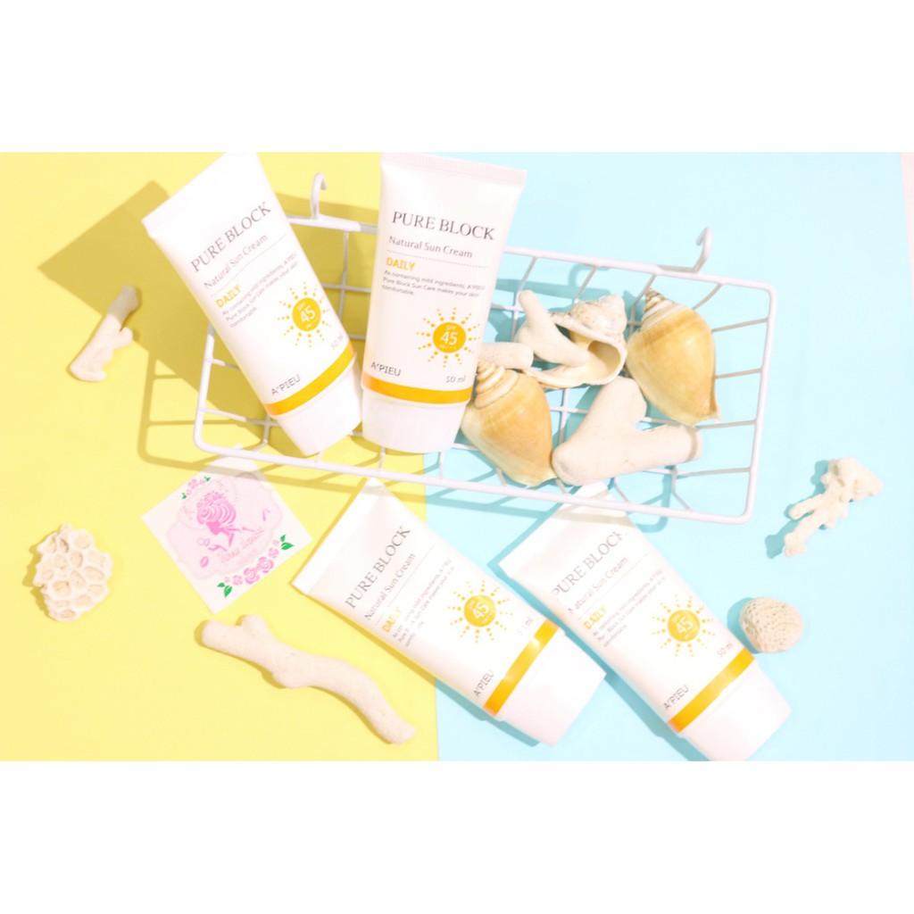 Kem chống nắng A'pieu Pure Block Natural Sun Cream SPF45+++ - 2909987 , 489835419 , 322_489835419 , 140000 , Kem-chong-nang-Apieu-Pure-Block-Natural-Sun-Cream-SPF45-322_489835419 , shopee.vn , Kem chống nắng A'pieu Pure Block Natural Sun Cream SPF45+++