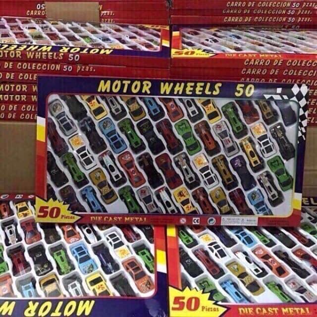 Bộ đồ chơi 50 chiếc ô tô cho bé yêu