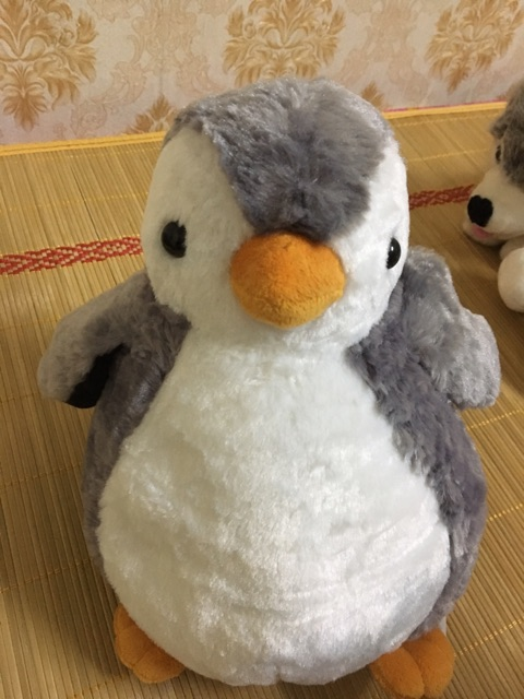 Thú nhồi bông chim cánh cụt ( thanh lý nghỉ bán)