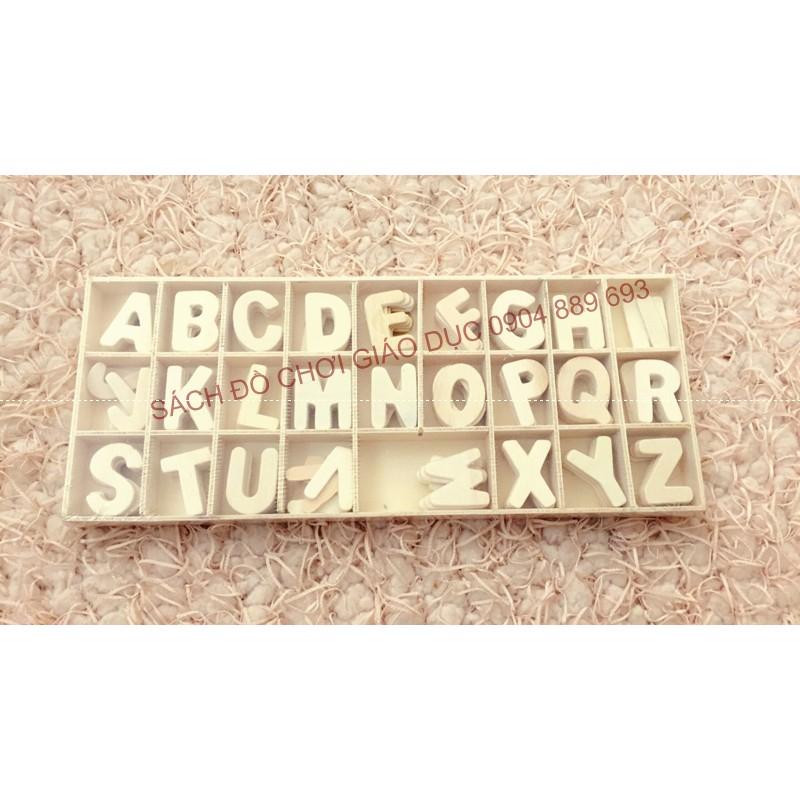 Bộ chữ cái mộc từ A - Z gồm 156 chữ cái đựng trong khay gọn gàng