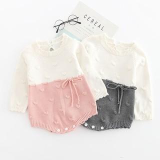 Bộ áo liền quần đan len dễ thương cho trẻ sơ sinh