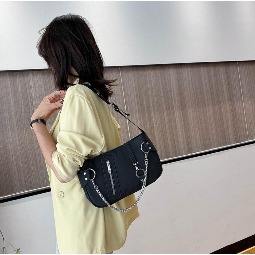 (Mẫu Mới) Túi kẹp nách nữ túi đeo vai nữ vải dù KR 388- Vải dù cao cấp, Dây tùy chỉnh, Size 28- KARA 388