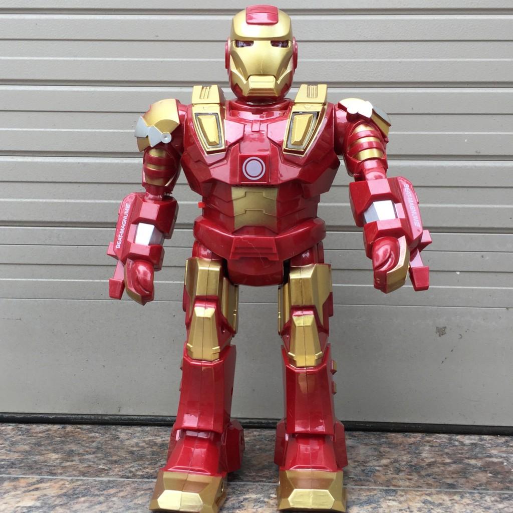 Người sắt Ironman có nhạc đèn và chuyển động 28cm