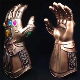 mô hình găng tay vô cực 1:1