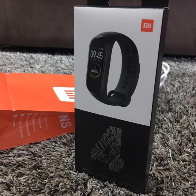 NEW !! Xiaomi Mi band 4